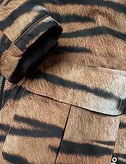 Molo - Cathy - softshell-jakker - wild tiger - 7