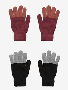 Keen - winter clothing - desert sand