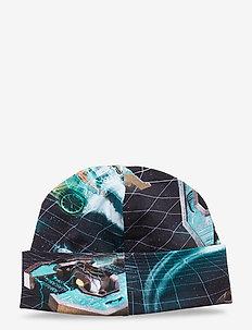 Nico - hats - time machines