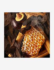 Molton Brown - Mesmerising Oudh Accord & Gold Fine Liquid Hand Wash - handtvål - no colour - 4