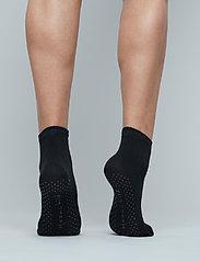 Moonchild Yoga Wear - Moonchild Grip Socks - High - yogamatten & uitrusting - onyx black - 3