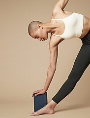 Moonchild Yoga Wear - Moonchild Foam Block - yogamatten & uitrusting - onyx black - 0
