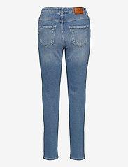 Morris Lady - Bardot Jeans - straight jeans - blue wash - 1