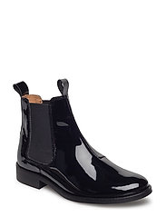 Lady Chelsea Lac Boot - BLACK