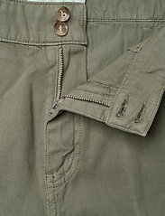 Morris Lady - Paulette Chino - chinos - olive - 3