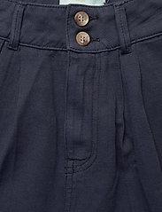 Morris Lady - Paulette Chino Shorts - bermudas - blue - 3