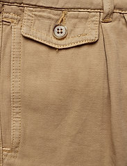 Morris Lady - Paulette Chino Shorts - bermudas - camel - 2
