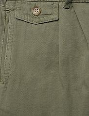 Morris Lady - Paulette Chino Shorts - bermudas - olive - 2