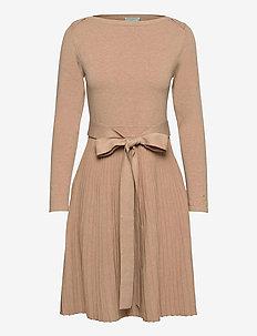 Ancelin Knit Dress - sukienki dzianinowe - camel