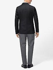 Paul Solid Suit Blazer