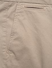Morris - Regular Chino Shorts - spodenki chinos - khaki - 2