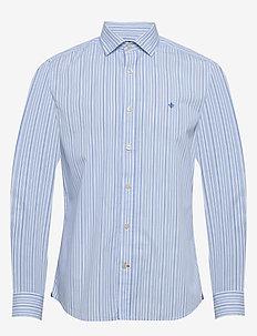 Cicero Spread Collar Shirt - LIGHT BLUE