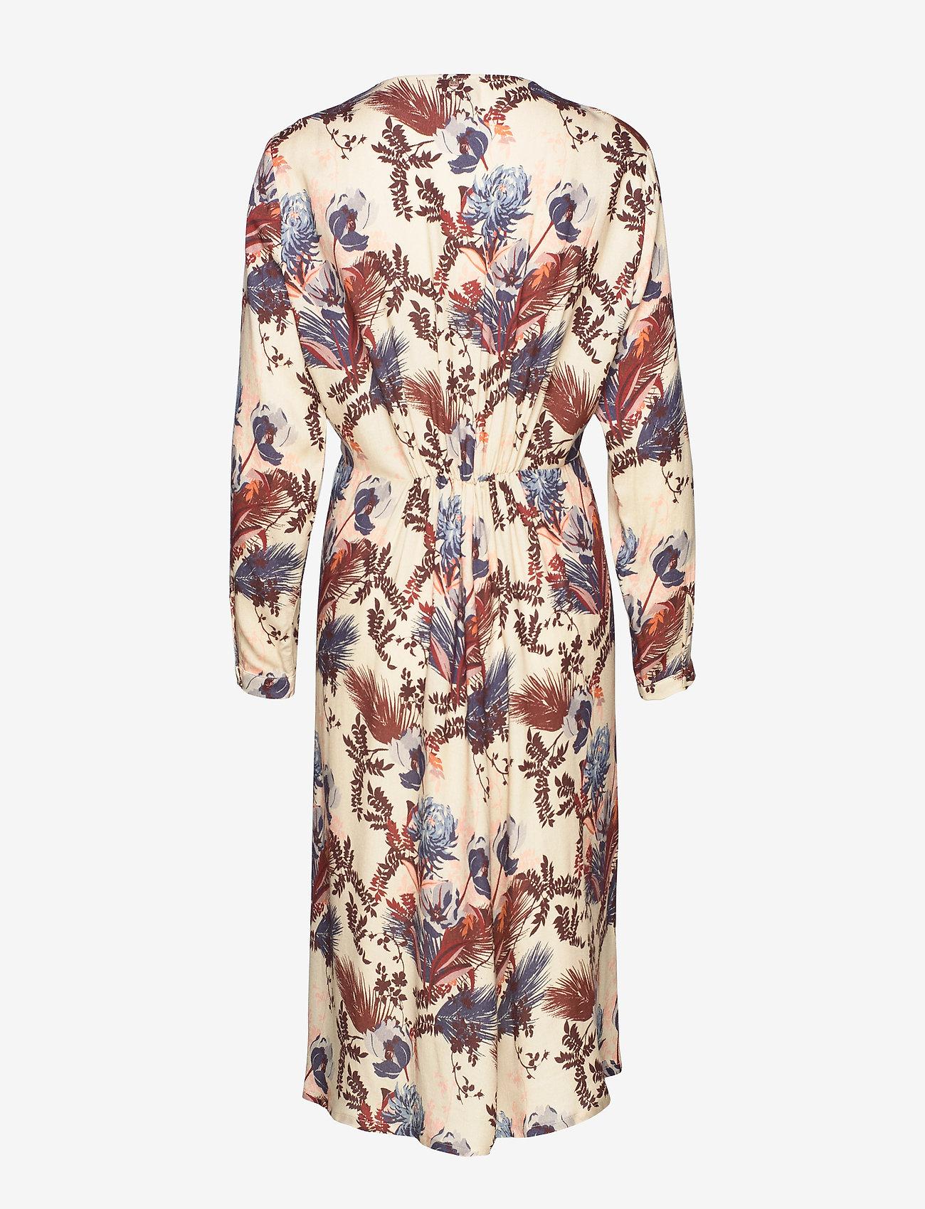 Ivy Beaux Dress (Wild Plum Flower) - MOS MOSH TRaDT8