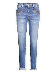 Naomi Amber Jeans - LIGHT BLUE