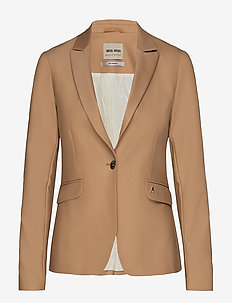 Blake Night Blazer Sustainable - BURRO CAMEL