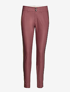 Blake Club Pant Sustainable - WILD PLUM