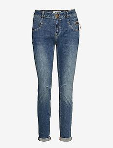 Nelly Favourite Jeans - BLUE DENIM