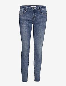 Sumner Blossom Jeans - MID BLUE WASH