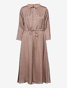 Becca Retro Dress - midi kjoler - wet weather