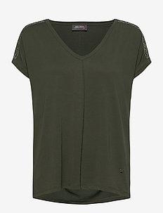 Lennox V-SS Tee - t-shirts - duffel bag