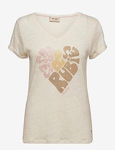 Rubies V-SS Tee - t-shirts - peachskin
