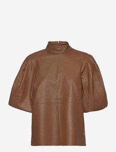 Cassandra Leather Blouse - blouses met korte mouwen - woodsmoke