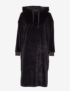 shiloh velvet dress - BLACK