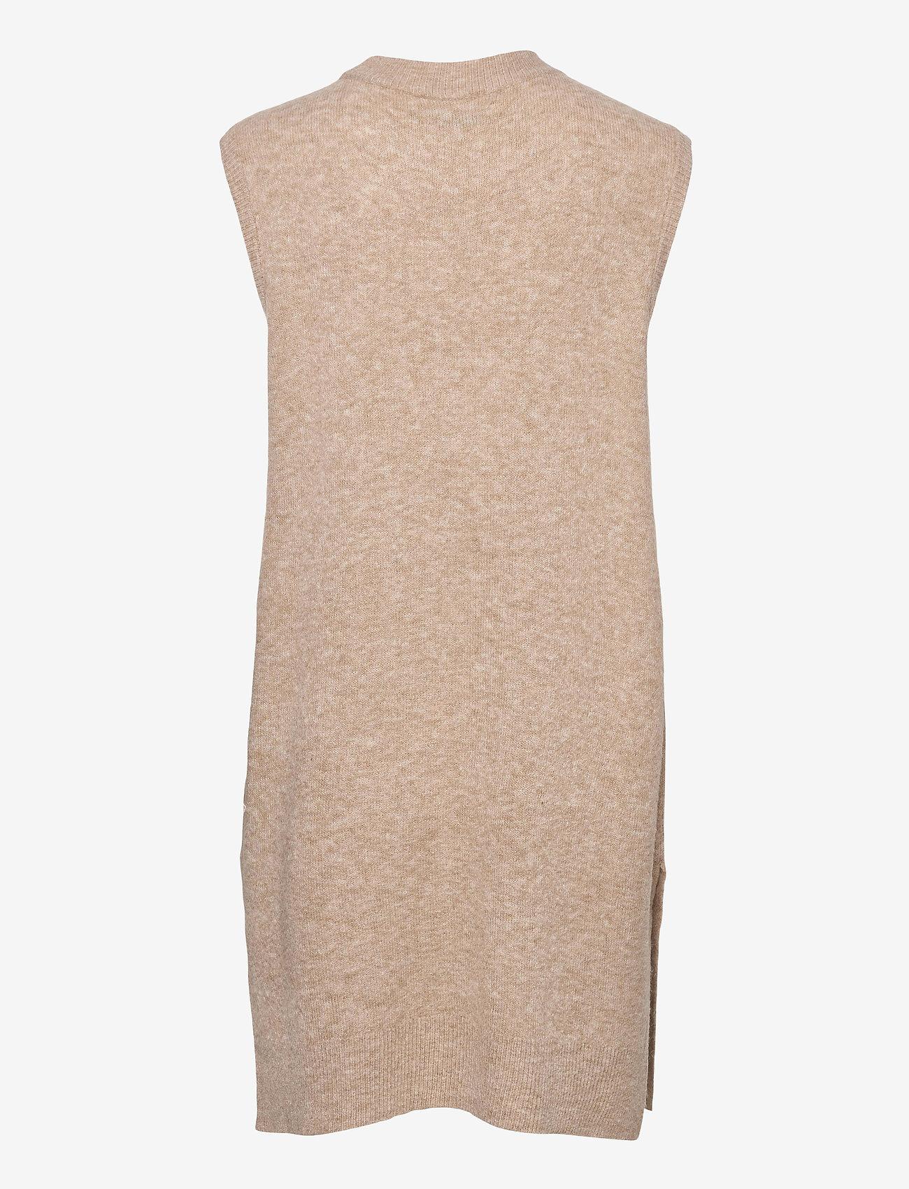 MOSS COPENHAGEN - Cardea Zenie Long Vest - knitted vests - sand melange - 1