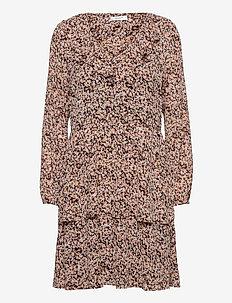 Merila Rikkelie LS Dress AOP - midi dresses - black dots