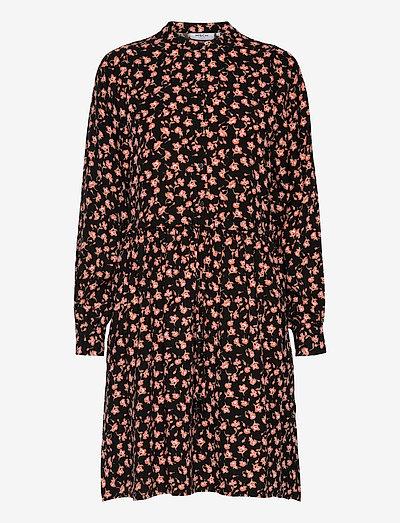 Benna Beach LS Dress AOP - summer dresses - black flower