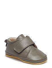 Prewalker - Velcro with toecap - FALCON BROWN