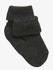 mp Denmark - Rib wool baby socks - strømper - dark grey - 0
