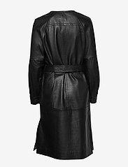 Munthe - Esmeraldas - robes portefeuille - black - 2