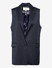 Munthe - TOADA - knitted vests - indigo - 0