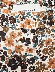Munthe - KEEPER - jupes midi - rust - 2