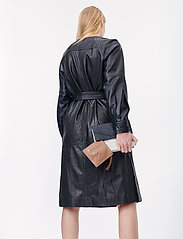 Munthe - Esmeraldas - robes portefeuille - black - 4