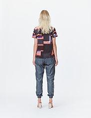 Munthe - LADY - t-shirts - red - 5