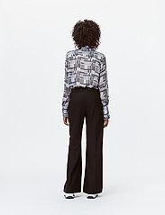 Munthe - LEAF - bukser med brede ben - black - 5