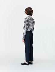 Munthe - SONNA - blouses à manches longues - indigo - 4