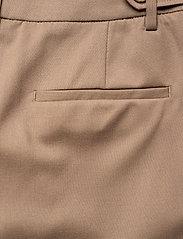 Munthe - SAKURAI - pantalons larges - camel - 9