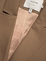 Munthe - SIBI - blazers sans manches - camel - 6