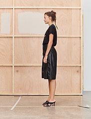 Munthe - TREK - t-shirt & tops - black - 4