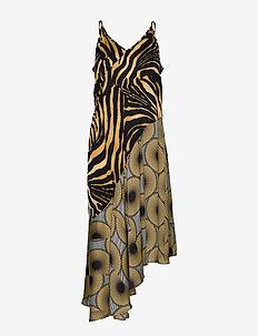 Ultra - midi dresses - yellow