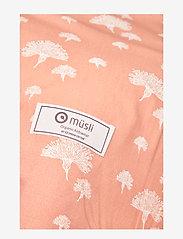 Müsli by Green Cotton - Dandelion baby nest - baby nests - dream blush - 1