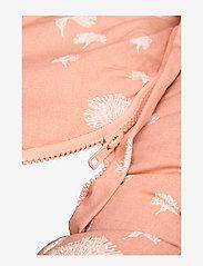 Müsli by Green Cotton - Dandelion baby nest - baby nests - dream blush - 2
