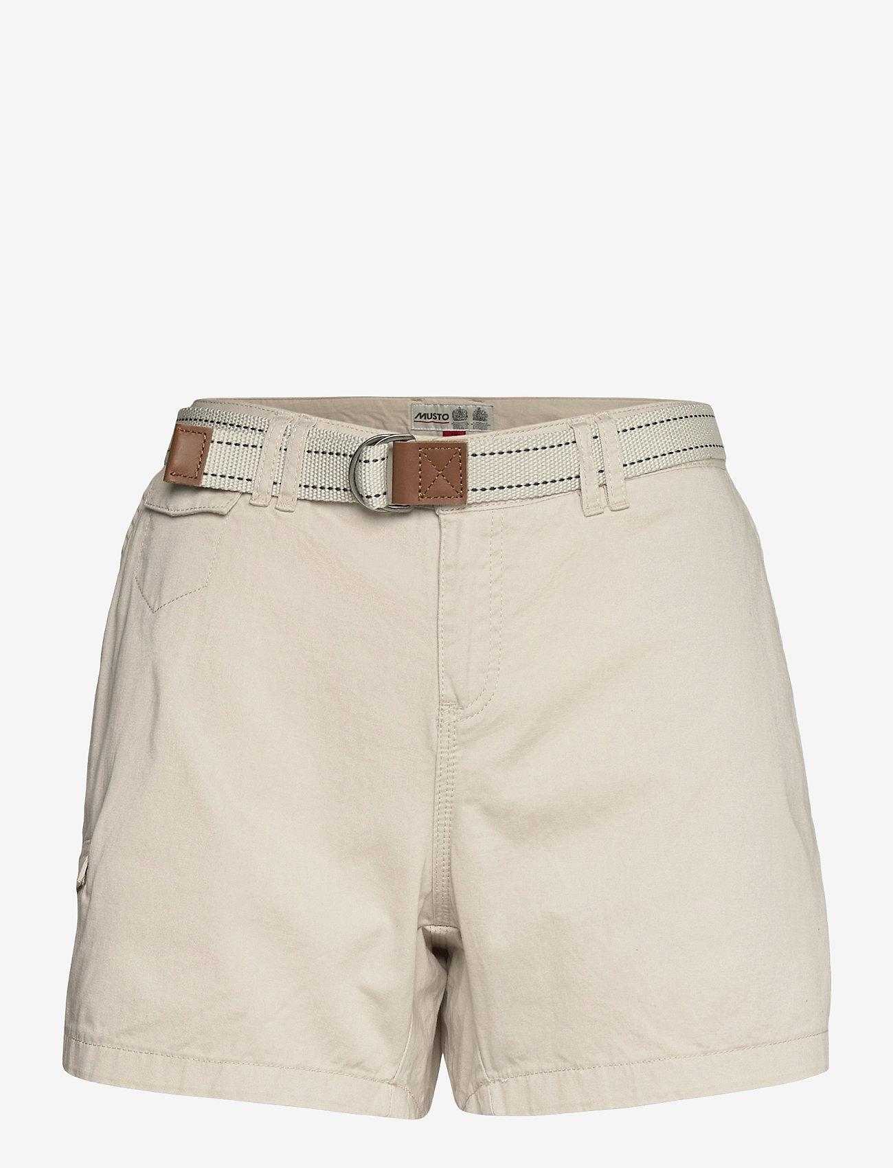 Musto - TACK COTTON SHORT FW - chino shorts - white sand - 0