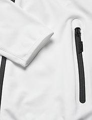 Musto - CREW SOFTSHELL JKT FW - sports jackets - white - 3