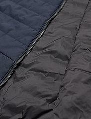 Musto - W CORSICA PL VEST - puffer vests - 598 true navy - 4
