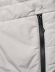 Musto - W CORSICA PL VEST - puffer vests - 813 platinum - 3