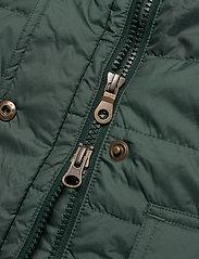 Musto - W EDINBURGH PL QUILTED JKT - sports jackets - 488 scarab green - 6